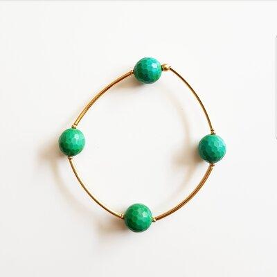 Pulseira de Silicone com Pedra Natural Jade na Cor Esmeralda