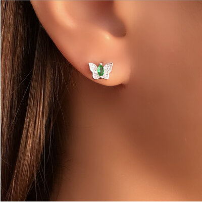 Brinco Mini Borboleta Esmeralda Prata 925