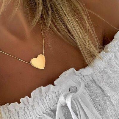 Colar chapa coração dourada