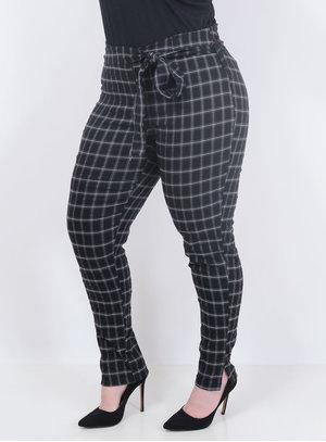 Calça Tamanhos Nobres Xadrez Plus Size