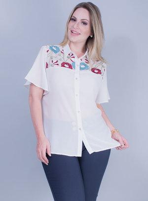 Camisa em Crepe com Detalhe em Tela Bordada Branca