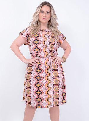 Vestido em Crepe com Detalhe em Tiras no Decote Étnico