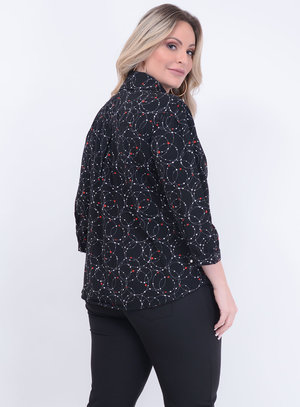 Camisa de Laço Estampada Preta Plus Size