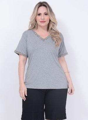 T-shirt Aplicação Cinza Plus Size