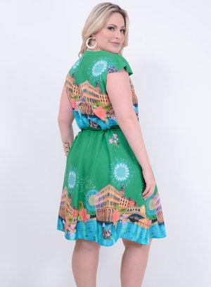 Vestido em Viscose com Manga Japonesa e Detalhe em Amarração na Cintura Verde