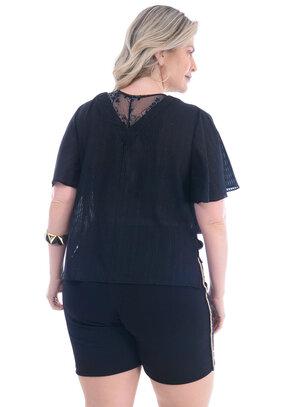 Blusa Plus Size Equilibrada