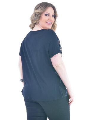 Blusa Plus Size Fotógrafa