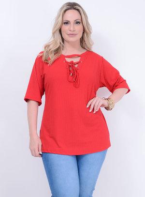 Blusa em Malha Canelada com Choker e Amarração no Decote Vermelha