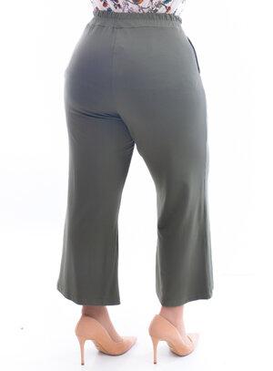 Calça Plus Size Pantacourt