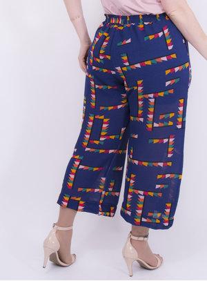 Calça em Crepe Texturizado Pantacourt com Amarração na Cintura e Bolsos Geométrico