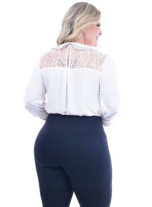 Camisa Marileti Pedraria Plus Size