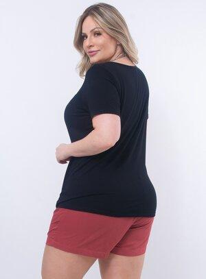 T-Shirt Plus Size Preta com Strass