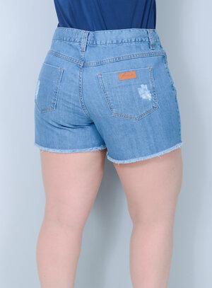 Short em Jeans Barra Desfiada Bordado de Flores