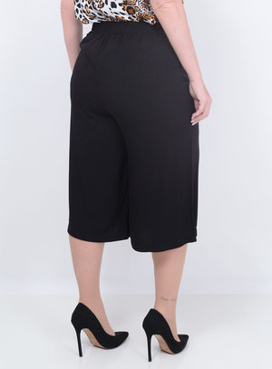 Calça Stillo Kasual Pantacourt Plus Size