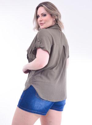 Camisa Plus Size Manga Curta