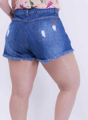 Short em Jeans Destroyed com Bolsos e Barra Desfiada