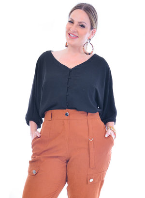Blusa Plus Size Vitoriosa