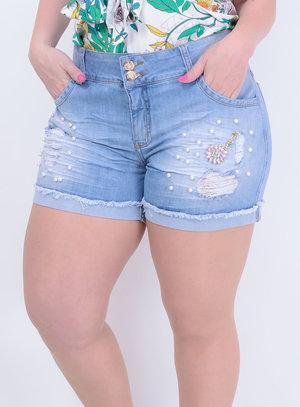Short em Jeans com Elastano Destroyed com Aplicação de Pérolas e Barra Italiana Desfiada