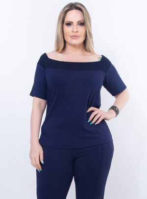 Blusa Plus Size Tradicional