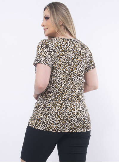 T-Shirt Plus Size Animal Print e Paetês