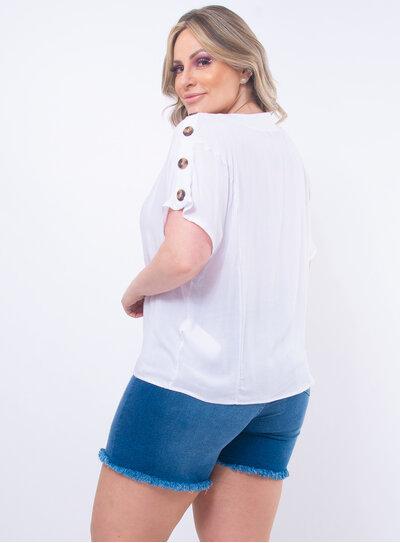 Blusa Plus Size Branca com Botões