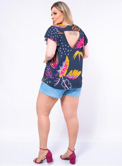 Blusa Plus Size Recorte Frontal e Traseiro