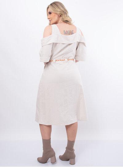 Vestido Plus Size Recortes e Cinto