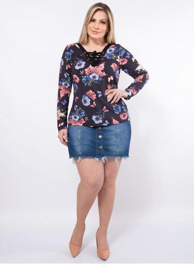 Blusa Plus Size com Amarração