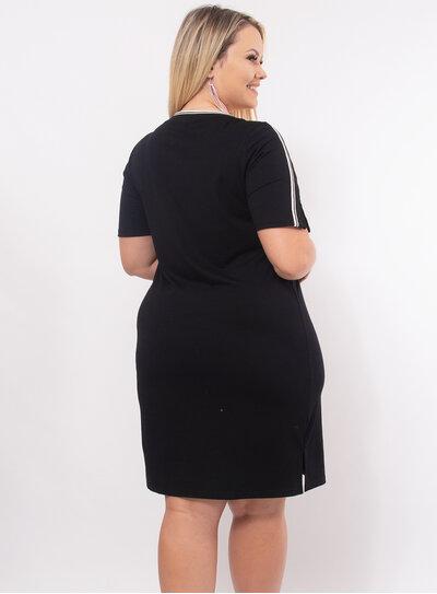 Vestido Plus Size Detalhe em Listras