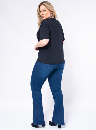 T-Shirt Plus Size Boca Paetê