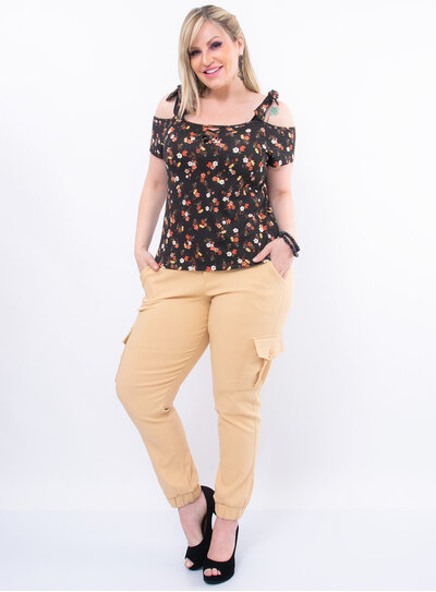 Blusa Plus Size Floral com Nó nas Alças