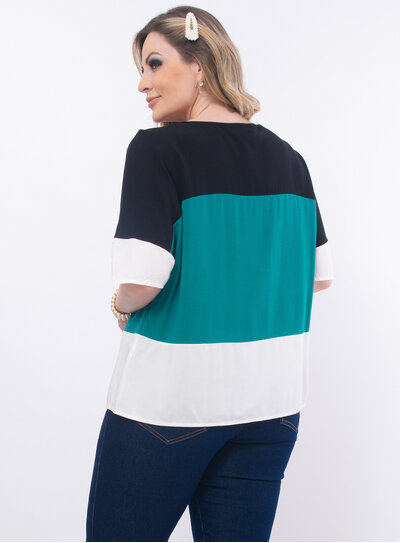 Blusa Plus Size Tricolor