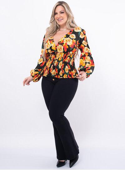 Blusa Plus Size Decote V com Lastex