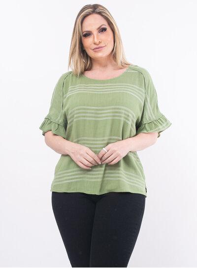 Blusa Plus Size com Listras