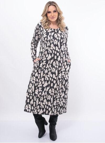 Vestido Plus Size Longo Animal Print com Bolsos