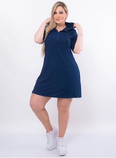 Vestido Plus Size com Capuz e Zíper