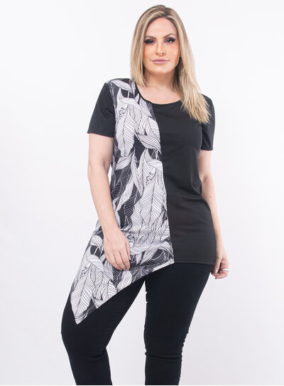 Blusa Plus Size Preta com Barra Assimétrica