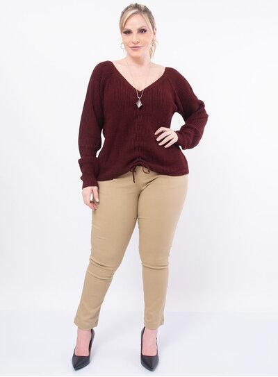 Blusa Plus Size Decote V em Tricot