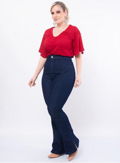 Calça Plus Size Jeans Flare com Fenda