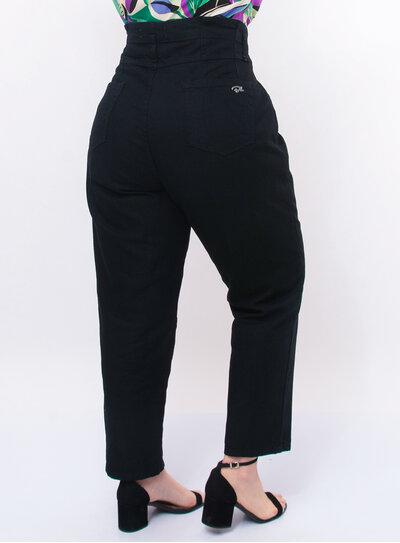 Calça Jeans Plus Size Preta com Bolsos