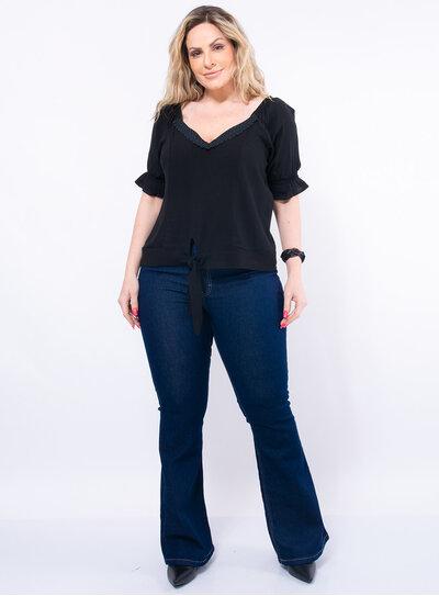 Blusa Plus Size com Renda e Elastano