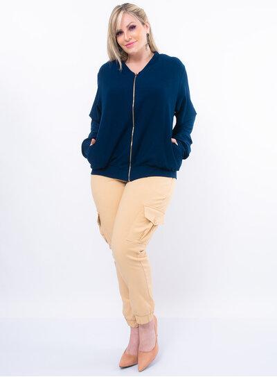 Casaco Plus Size com Bolso Lateral