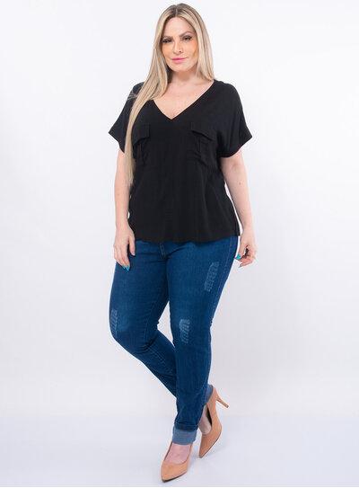 Blusa Plus Size em Viscose Gola V