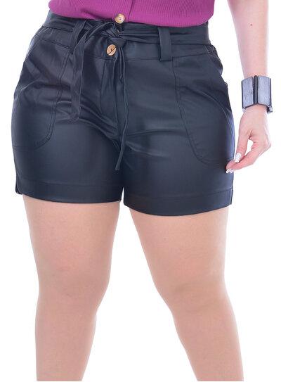 Short Plus Size Short Plus Size em PU com Cinto Preto