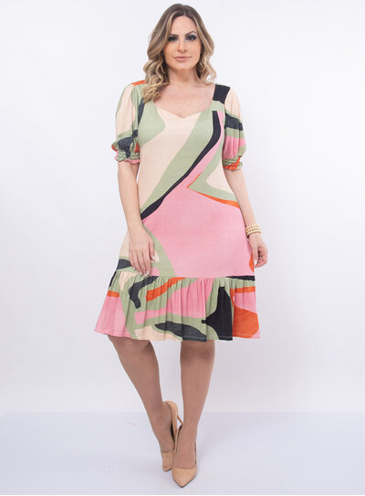 Vestido Plus Size Estampado com Babado