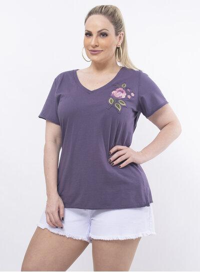 T-Shirt Plus Size com Patchwork