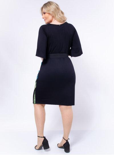 Vestido Plus Size Frente Estampada