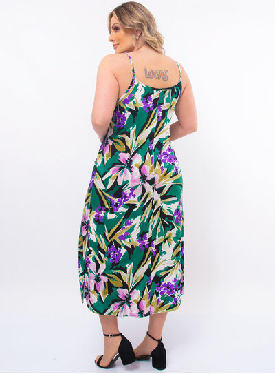 Vestido Plus Size Floral com Bolso