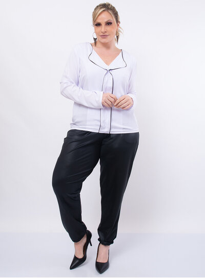 Blusa Plus Size Recorte Frontal