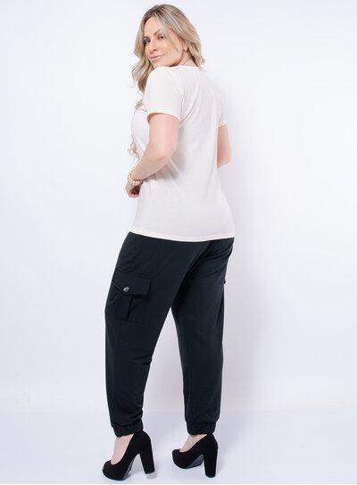 Blusa Plus Size Canelada Gola V